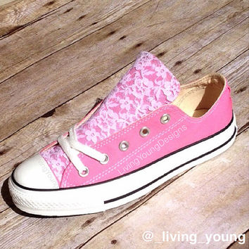 Lace Converse Shoes Low rise / Beach Converse / Wedding converse / customised converse / delicate / romantic