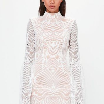 Missguided - Peace + Love White Lace Flared Sleeve Bodycon Mini Dress