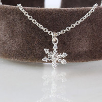 Tiny Snowflake Necklace, Sterling Silver Snowflake Necklace,Cubic Zirconia Snowflake Necklace, Winter Necklace,Winter Wedding,Christmas Gift