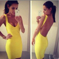 Temptation  your eyes — Yellow backless sexy dress