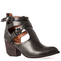 The Everwell boot in Black Wash