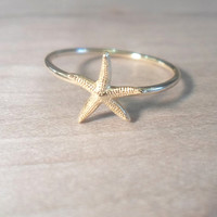 Starfish Knuckle Ring-Layering Above the Knuckle Gold Brass Stackable Midi Ring
