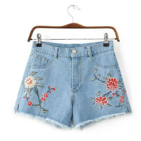 Flowers embroidery Denim shorts