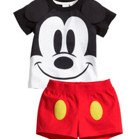 T-shirt and Shorts - from H&M