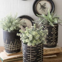Set Of 3 Black And White Clay Planters