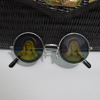 Virgin Mary Hologram Round Sunglasses Psychedelic Soft Grunge Hippie Unisex Sunglasses Trippy Mother Mary Rainbow Funky Black Silver Frames