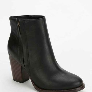 Silence + Noise Half-Stacked Heeled Ankle