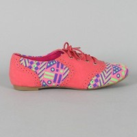 Cambridge-36NF Tribal Perforated Lace Up Oxford Flat