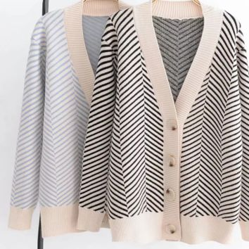 FREE SHIPPING Baggy autumn stripe long-sleeved sweater cardigan short style coat