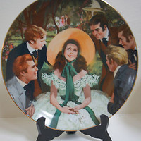Vintage WJ George SCARLETT and HER SUITORS Collector Plate #1 Gone w Wind Golden