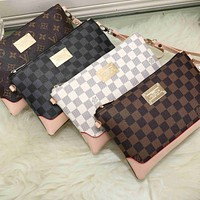 LV Louis Vuitton Stylish Women Men Office Bag Leather Handbag Wrist Bag Purse Wallet(4-Color)