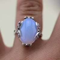 Leaf Chatoyant Rainbow Moonstone Ring