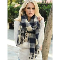 Check Craze Scarf | Navy