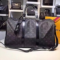 LV Louis Vuitton Hot Selling Male and Female Printed Travel Large Baggage Single Shoulder Baggage with Black pattern printing High Quality