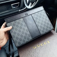 GUCCI Classic Fashion Men Women Leather Office Bag Handbag Makeup Bag Purse Wallet