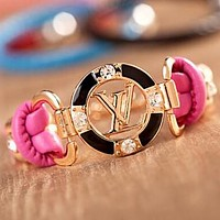 LV Louis Vuitton Newest Stylish Women Men Simple Letter Circular Diamond Hand Catenary Bracelet Jewelry Accessories Pink
