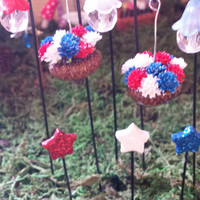 Fairy garden accessories. 8 piece set. 4th of July. Red, white, and blue. Hanging acorn planters, fairy lanterns , glittered stars.