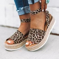 Fashionable ladies plus-size wedges with light hemp rope sandals