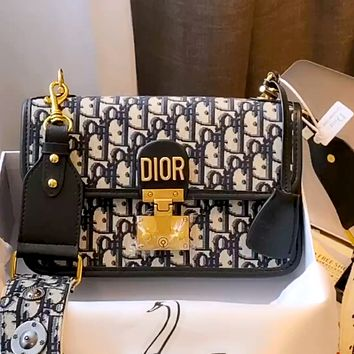 Dior Simple Women's Letter Jacquard Chain Bag Shoulder Bag Crossbody Bag