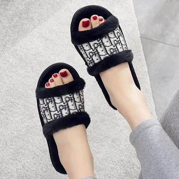 Image of DIOR new style flat slippers womens home non-slip fashion open cotton slippers sandals Shoes Black