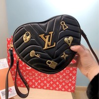 LV 2019 new women's NEW WAVE HEART heart-shaped handbag chain bag shoulder bag