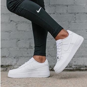 """""""Nike """"Low to help men's shoes air force  sandals leisure sports shoes white"""
