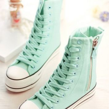 Dynamic Side zipper High-tops
