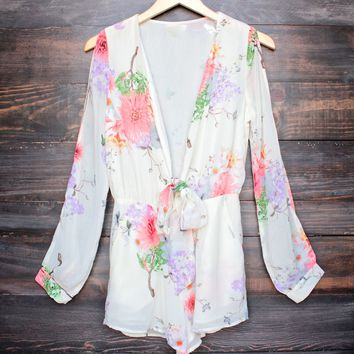 final sale - boho chic soft floral romper with slit sleeves - ivory