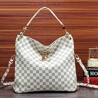 LV Louis Vuitton tide brand female classic old flower handbag shoulder diagonal package White check