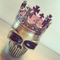 Herb Metal Crown King Skull Grinder - Custom Weed & Herb Grinder - Tabacoo Grinder - Smoke Friendly Custom Pink Grinder