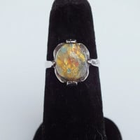 MultiColor Speckled Centerstone on Nicly Accented Silver Band Ring Size 6 1/2, Vintage Precious Metal Gemstone Jewelry, Free Shipping in USA