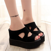 Free shipping 2017 Summer leisure platform sandals black increased with wedges slippery fish mouth foam slippers slippers