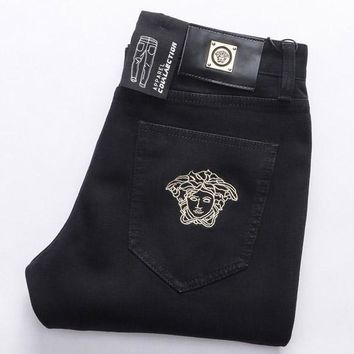 Medusa jeans men's black micro play autumn and winter thick young men's casual jeans with small feet long trousers