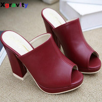 Hot Sales 3 Colors Lady Open Toe Lady Platform High Heel Slippers Fashion Woman Clogs Lady Casual Sandals Black Size 35-40 B050