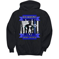 Police Essential Worker Shirt Hoodie Never Underestimate the Power of a Praying Police Officer