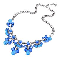 Fashion Silver Chain Spring Leaf Shaped Resin Cluster Bubble Statement Necklace Bib Necklace (Green)