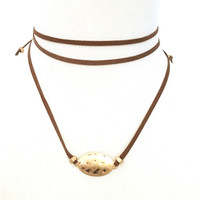 Armor Wrap Choker Necklace Set In Brown