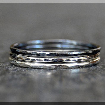 Set of 3 Ultra Thin Ombre Hammered Sterling Silver Stacking Ring, Dainty Sterling Ring, Ombre Ring Trio,  Hammered Thin Ombre Stacking rings