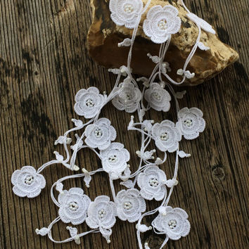 White Crochet Necklace, White Flowers Poppies Wrap Necklace, Oya Beaded Lariat Necklace, Bridal Crochet Jewelry, Women's Gift,  ReddApple