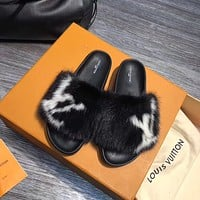shosouvenir Louis Vuitton Fashion casual hair Maomo slippers