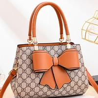 The new trendy one-shoulder portable messenger small crowd bag