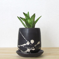 Small Matte Black Splatter Planter. Little succulent planter. Modern. Handmade porcelain planter with dish. Drainage hole. READY TO SHIP.