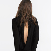 SWEATER WITH BACK OPENING