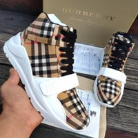BURBERRY Slender contour sports shoes
