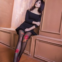 Red roses hand drill bit beads beads lace pearl stockings pantyhose t files