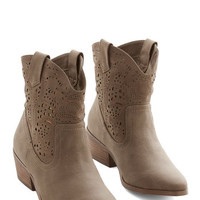 Restricted Rustic Ambling in Albuquerque Boot