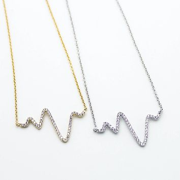 Heart beat wave necklace