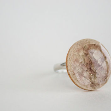 Brown Round Crakled Porcelain Ring