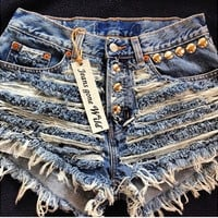 High waisted short super studded from Jeansgonewild