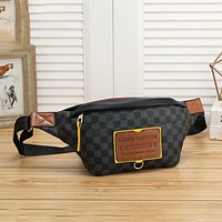 Louis Vuitton LV classic zipper waist bag fashion men and women shoulder messenger bag